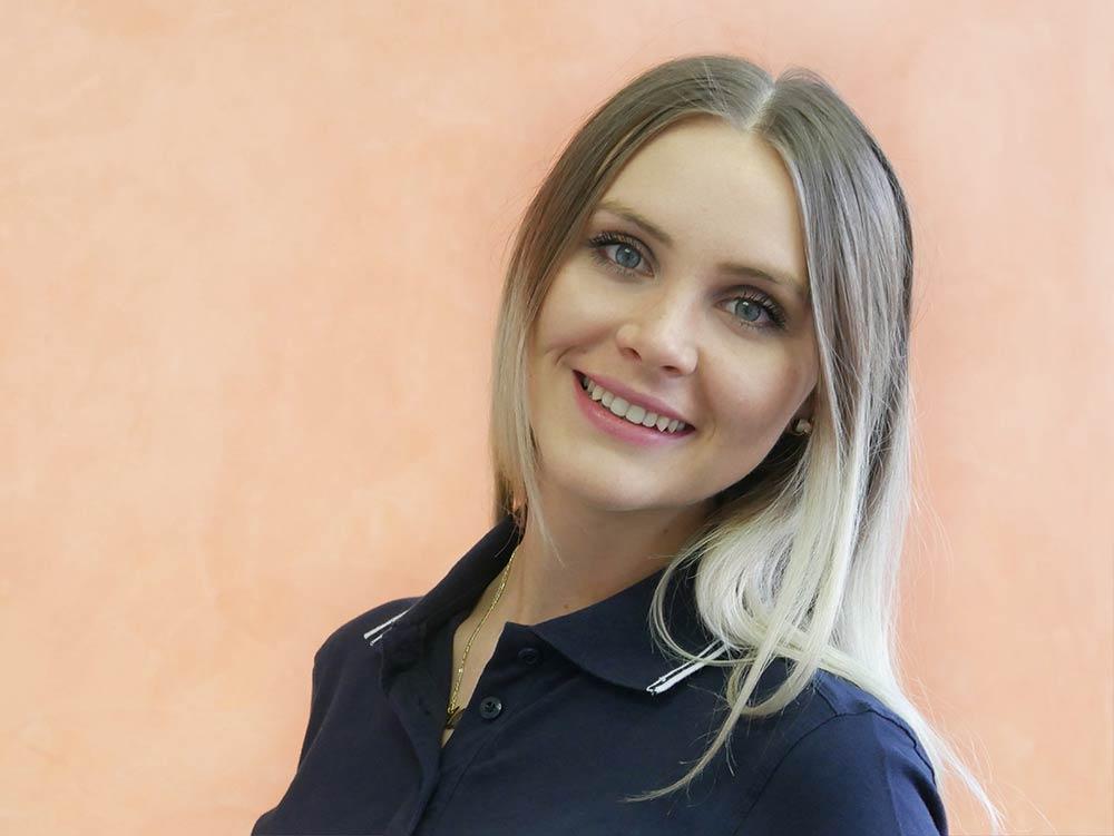 Alexandra-Sirbu Praxis-Mitarbeiterin
